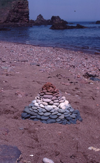 land-art-Andy-Goldsworthy-07
